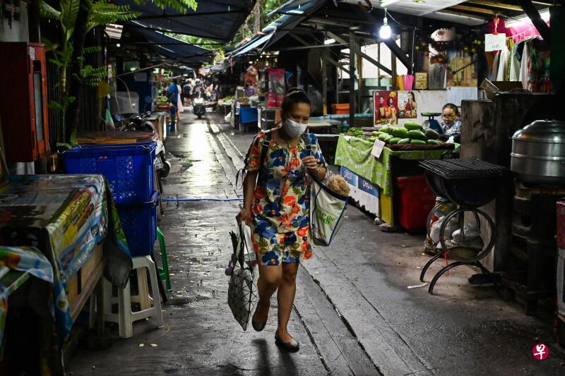 出现非法外劳感染群 泰国疫情逆转回升