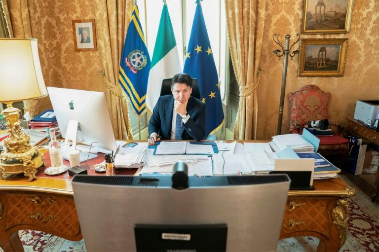 Italy's bishops attack conte for extending ban on mass