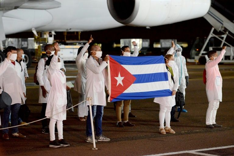 Over 200 cuban health experts arrive in s.Africa for virus fight