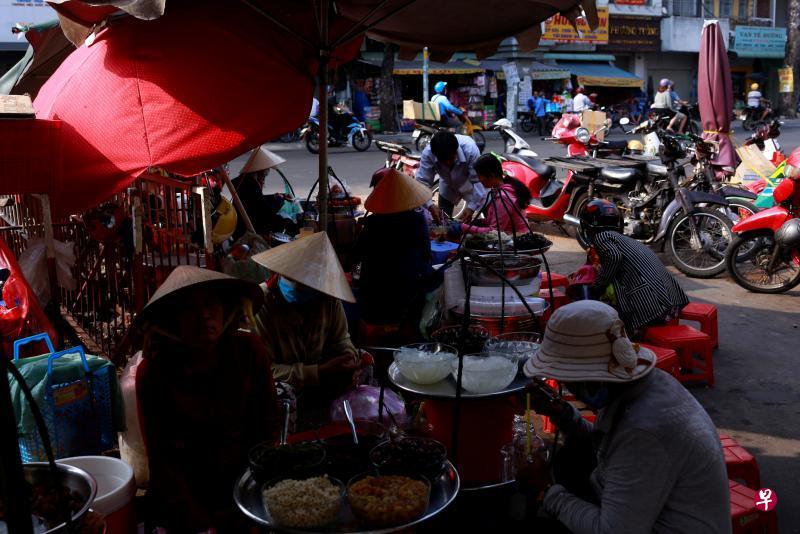 抗疫有成 越南逐渐解封重启经济活动