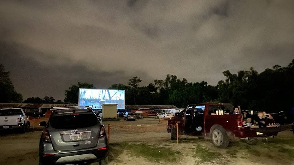 COVID-19 pandemic brings life back to Florida drive-in theatre