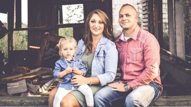 Pregnant mum, 27, who gave birth while on ventilator and sedated beats coronavirus