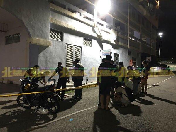 行管令期间忧郁症复发,槟城34岁男跳楼亡⚡爸爸目睹爱儿尸体崩溃痛哭!