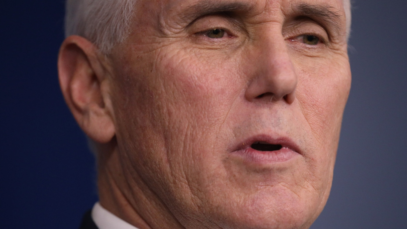 Vice President Refusing to Wear Mask for Mayo Clinic Tour Leads to #PenceIsAnIdiot Party on Twitter