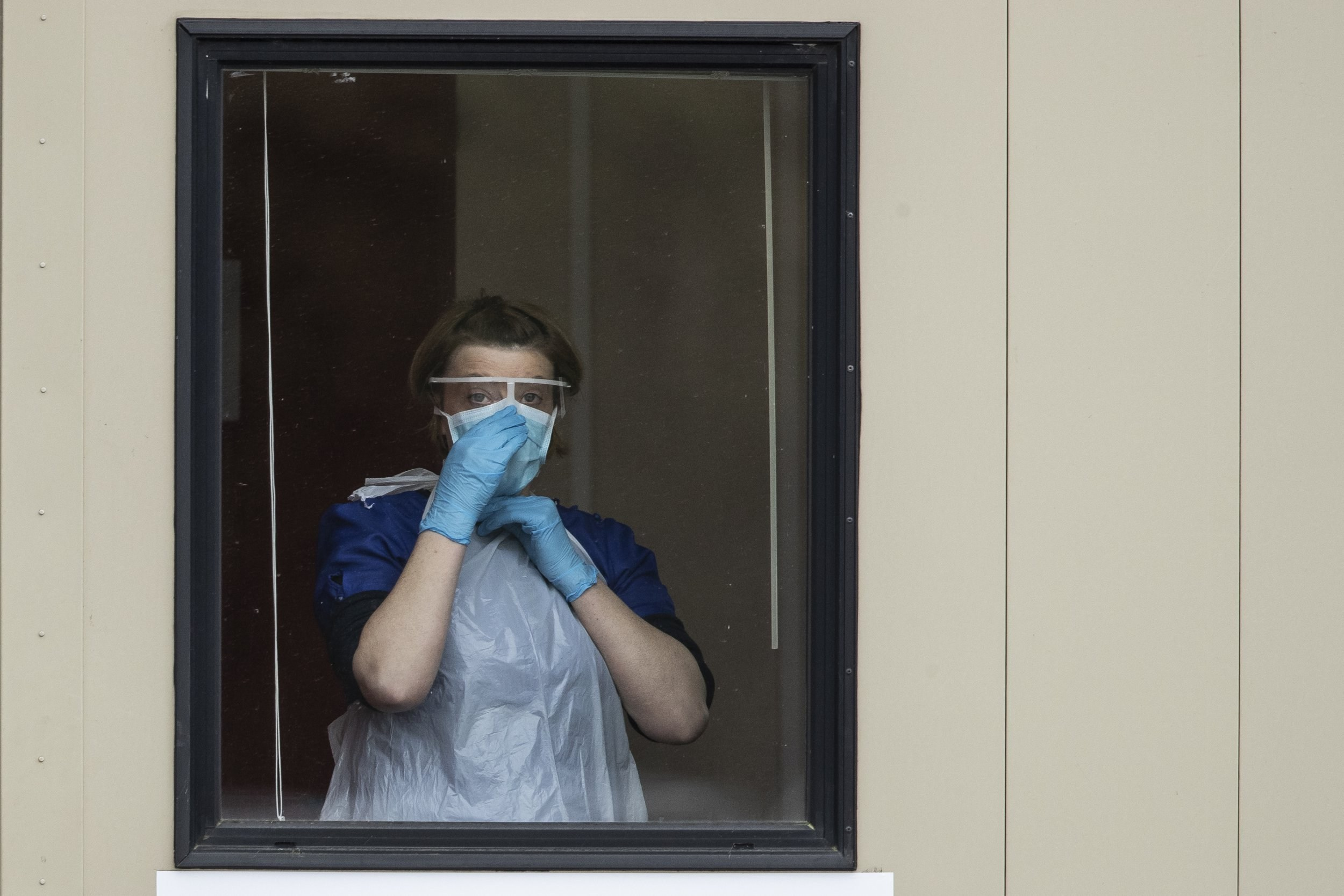 Coronavirus news live: UK death toll passes 26,097 including care home fatalities and first effective Covid-19 treatment has been found