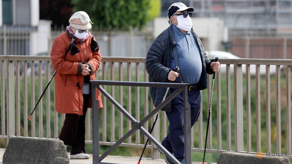 COVID-19: France death toll above 24,000, number of cases tweaked