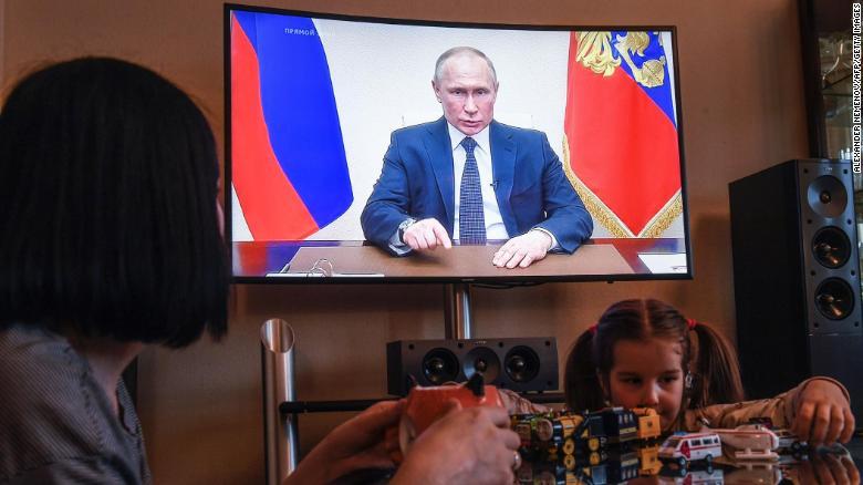 Anger rises among Russia's doctors as coronavirus hospitals get put on lockdown