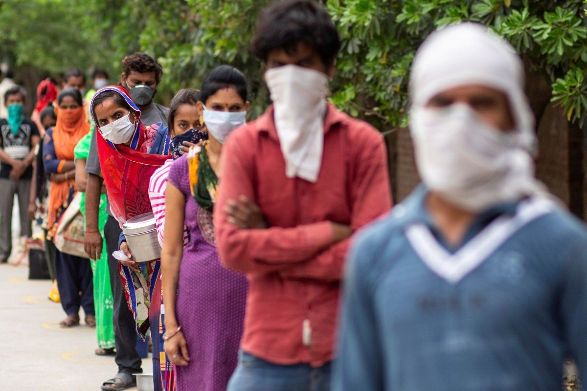 India extends world's biggest coronavirus lockdown for two more weeks