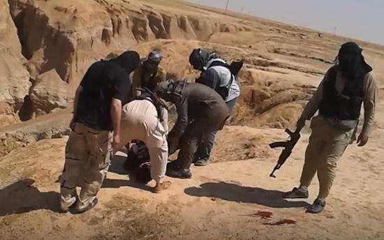 叙利亚峡谷被IS当乱葬岗‧人权观察要追查