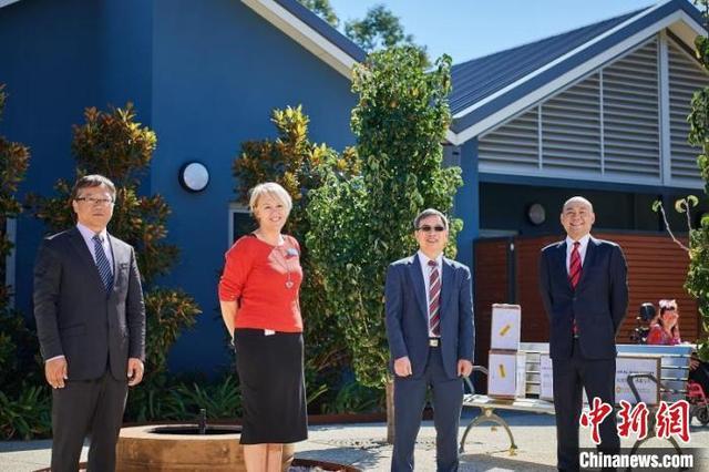 澳大利亚中国总商会珀斯分会向西澳残疾人服务中心捐赠医用口罩