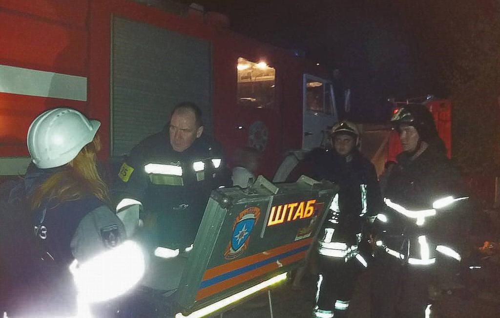 俄罗斯一疗养院发生火灾致10人死亡 现场浓烟滚滚
