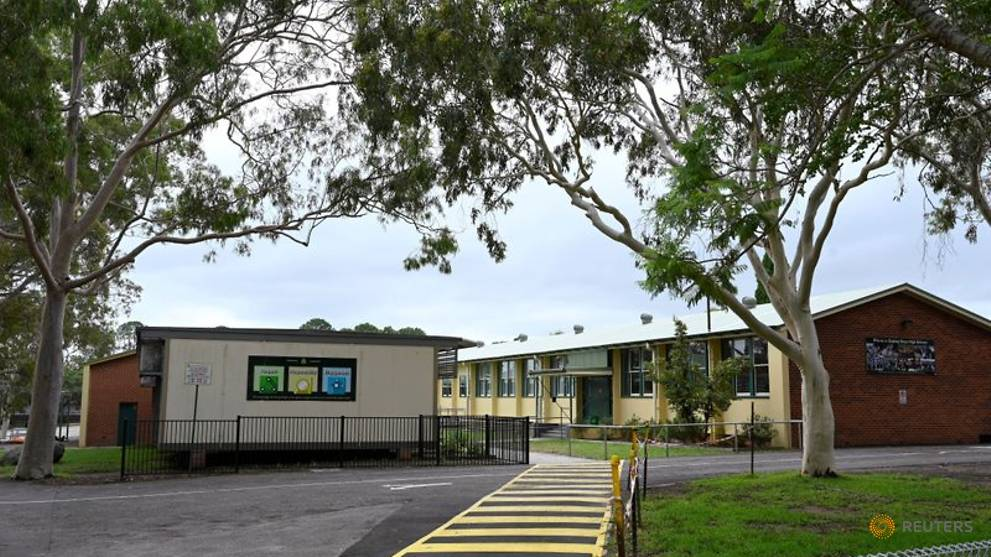 Australian children begin to return to school as COVID-19 curbs eased