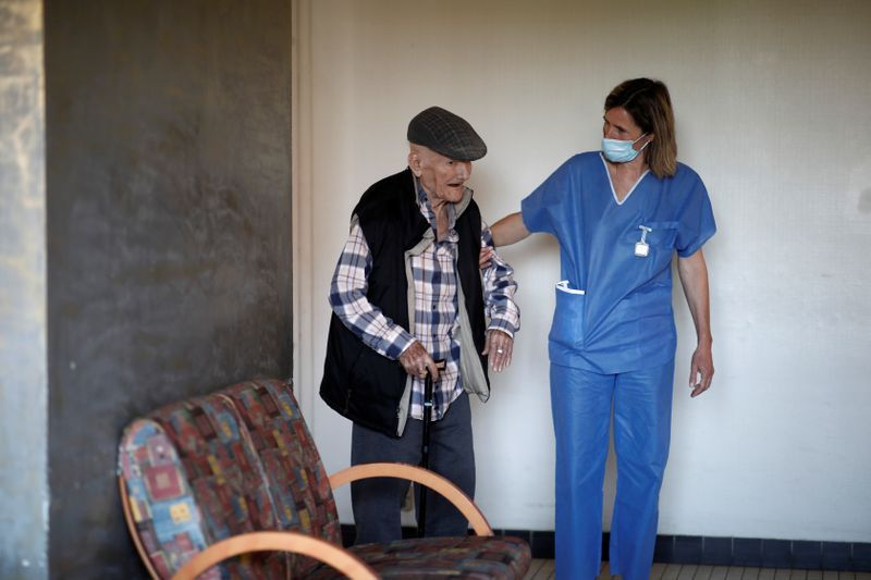 In France's race for virus masks, old people lost out
