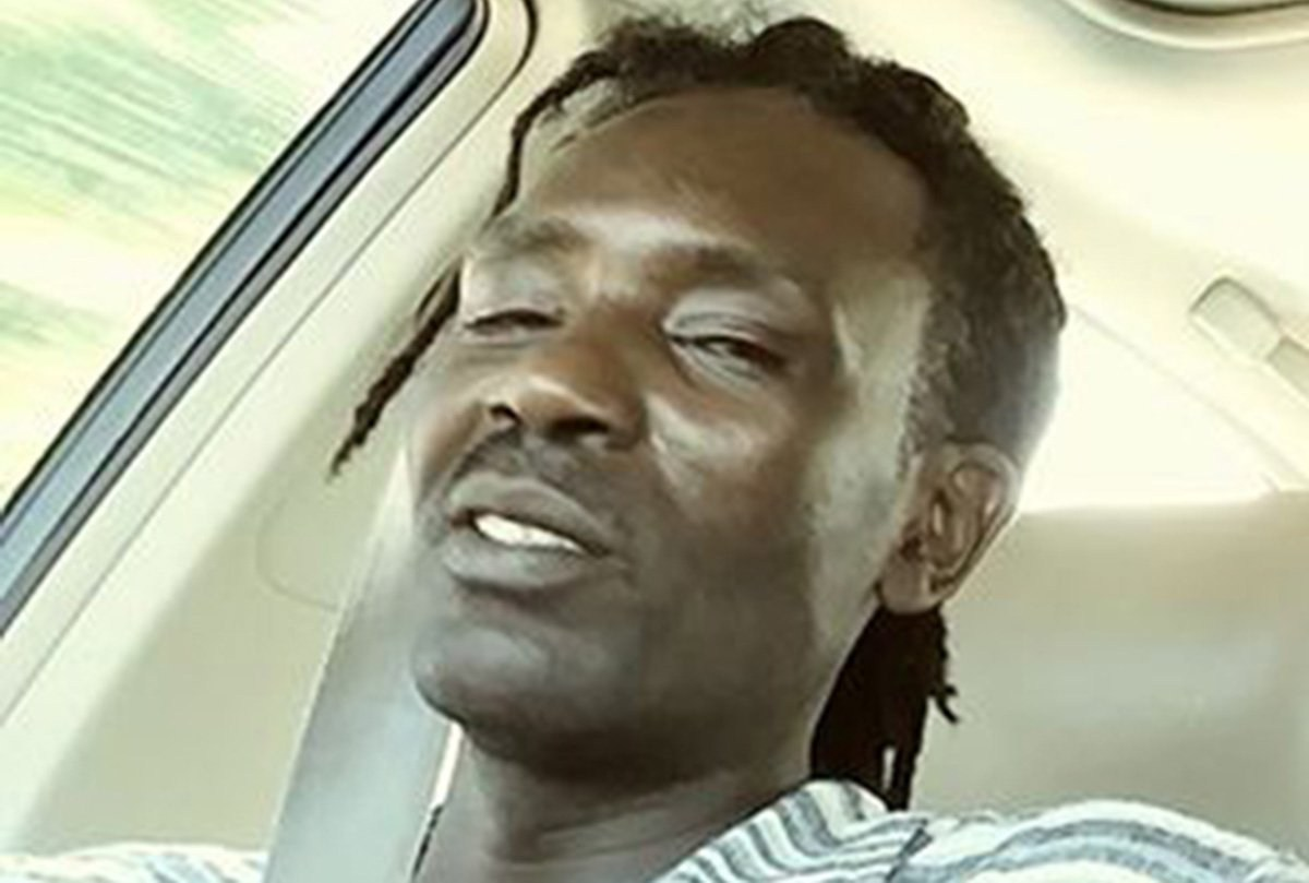 US police officer kills man who threw rocks at him in street