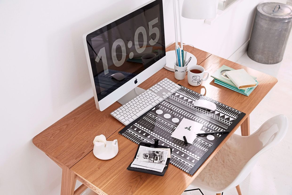 Spruce up your home office with a one-of-a-kind DIY desk pad