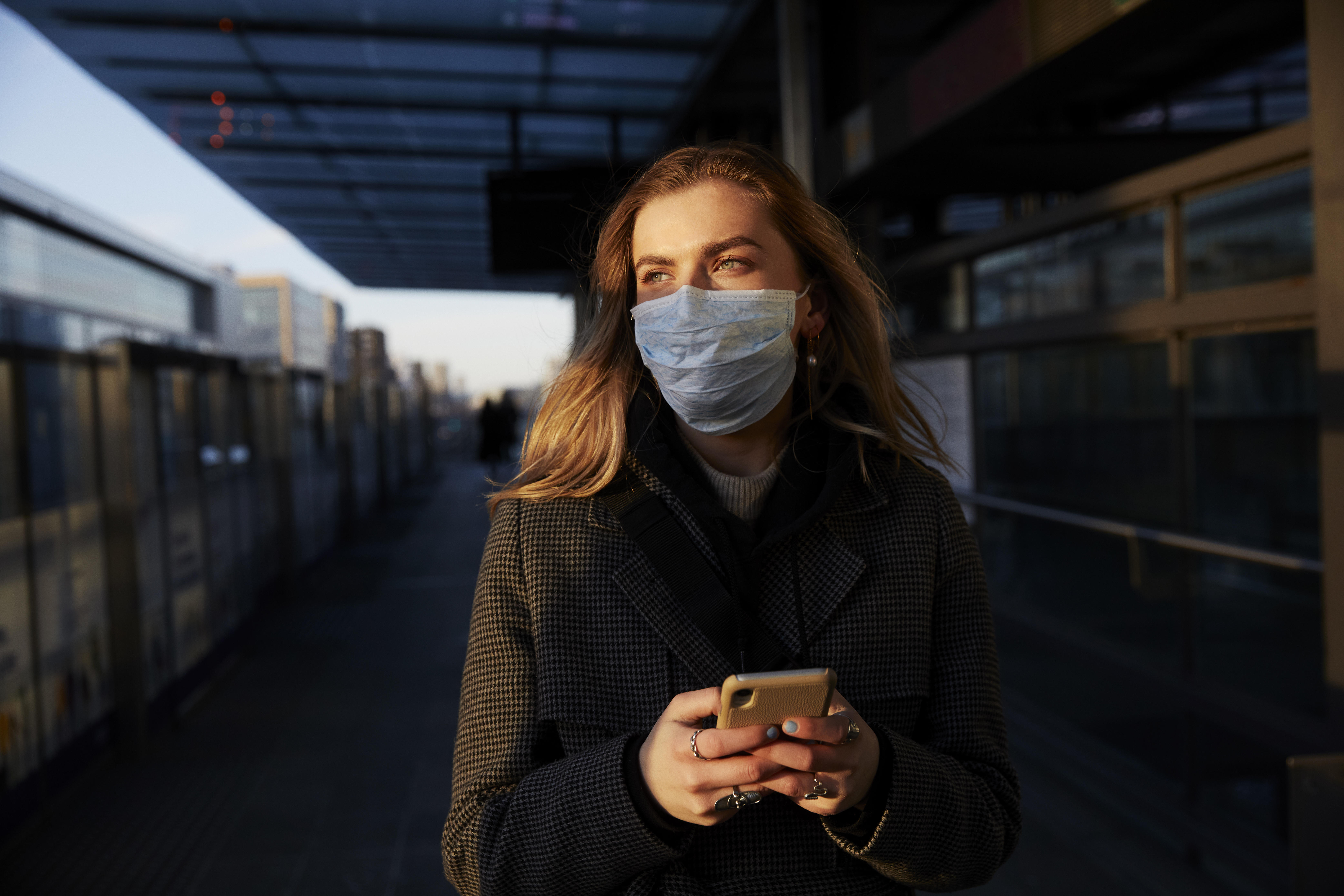 Coronavirus could soon be detected simply by spitting on a smartphone