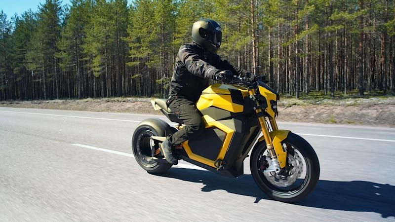 Verge TS electric motorcycle has 737 lb-ft of torque, hub-less rear wheel