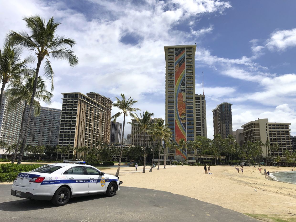 Visitors to Hawaii need to follow Covid-19 quarantine rules or go back home