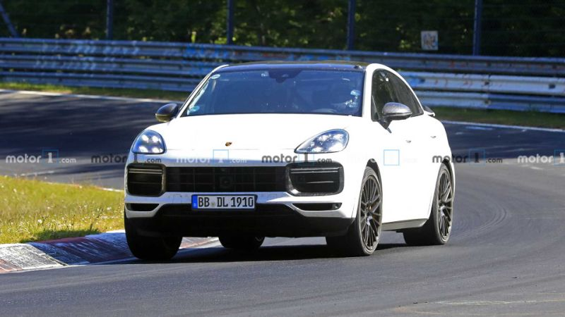 Porsche Cayenne Coupe GTS Spied, Nürburgring Record Attempt Planned?