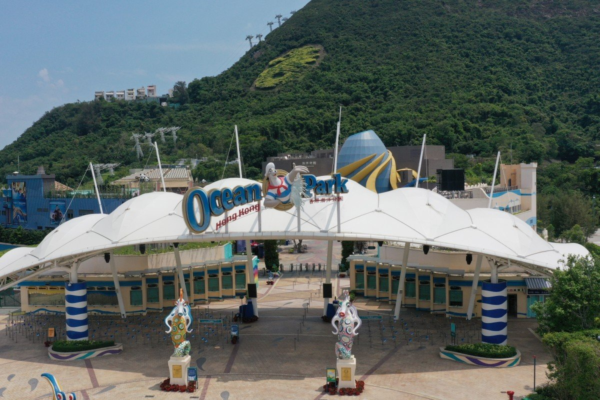 Commerce chief pleads with Hong Kong lawmakers to back HK$5.4 billion rescue of Ocean Park