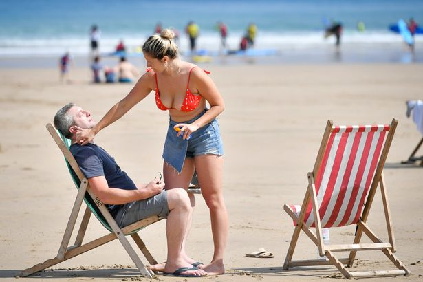Weekend getaway to start as 20C heat lures lockdown Brits to parks and beach