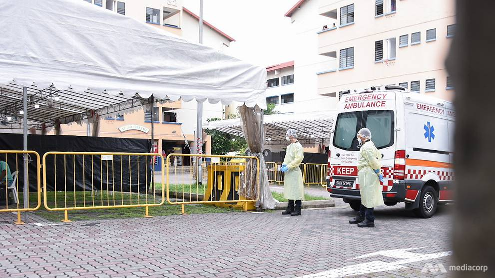 Singapore reports 682 new COVID-19 infections; daily new community cases fell in the past week