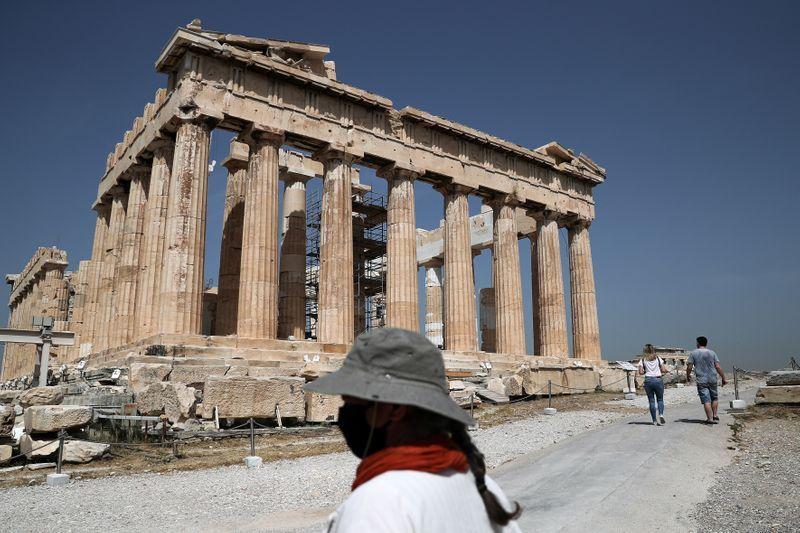 Acropolis sparkles in the Sun as greek tourist spots reopen