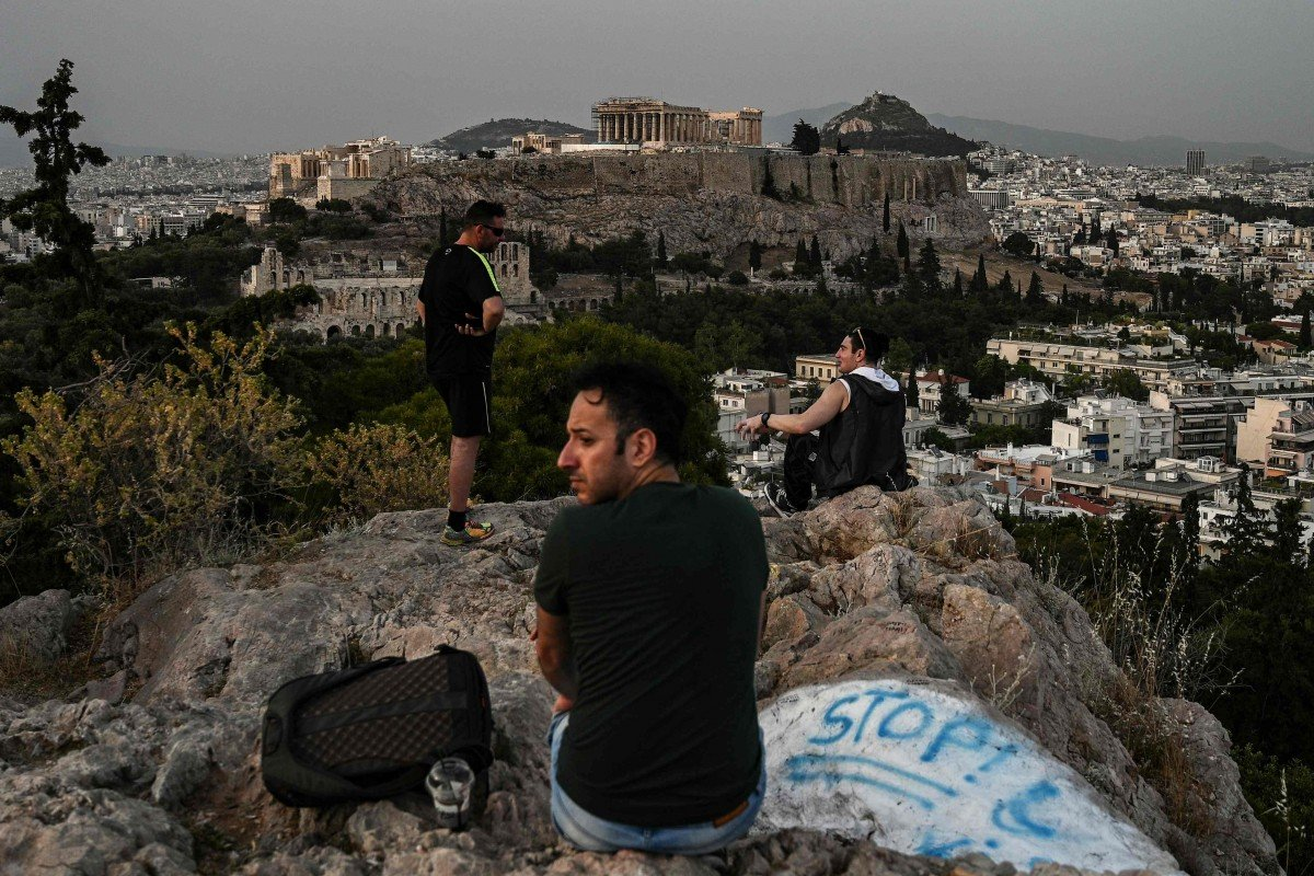 Europe reopening: Greece allows visitors to Acropolis, Italians return to cafes after coronavirus curbs eased