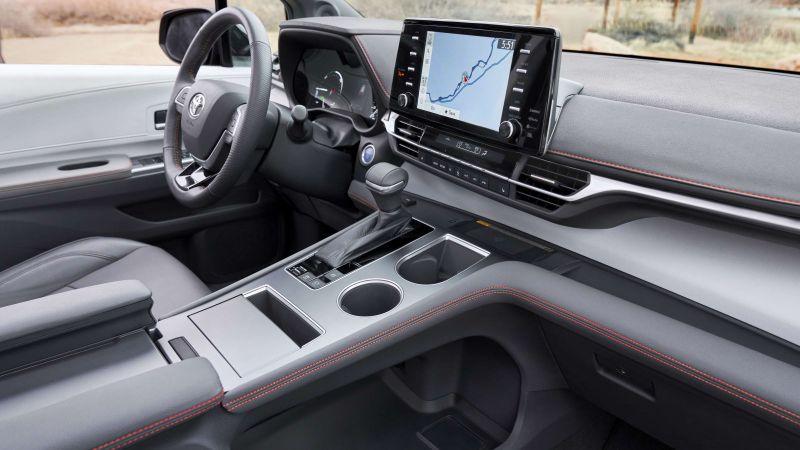 2021 Toyota Sienna breaks cover as a stylish, hybrid minivan