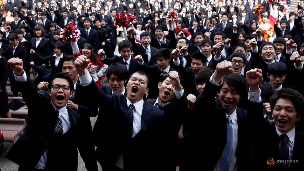 Japan's COVID-19 crisis sparks calls for revamping the school year