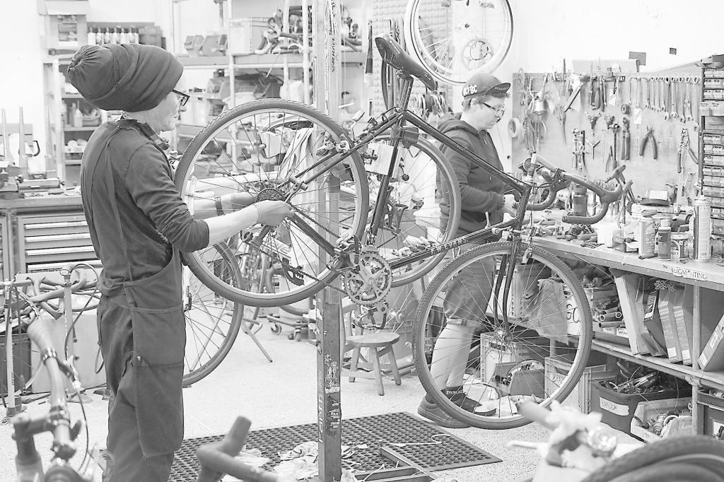 """""""解封""""后,自行车在欧洲需求上升"""