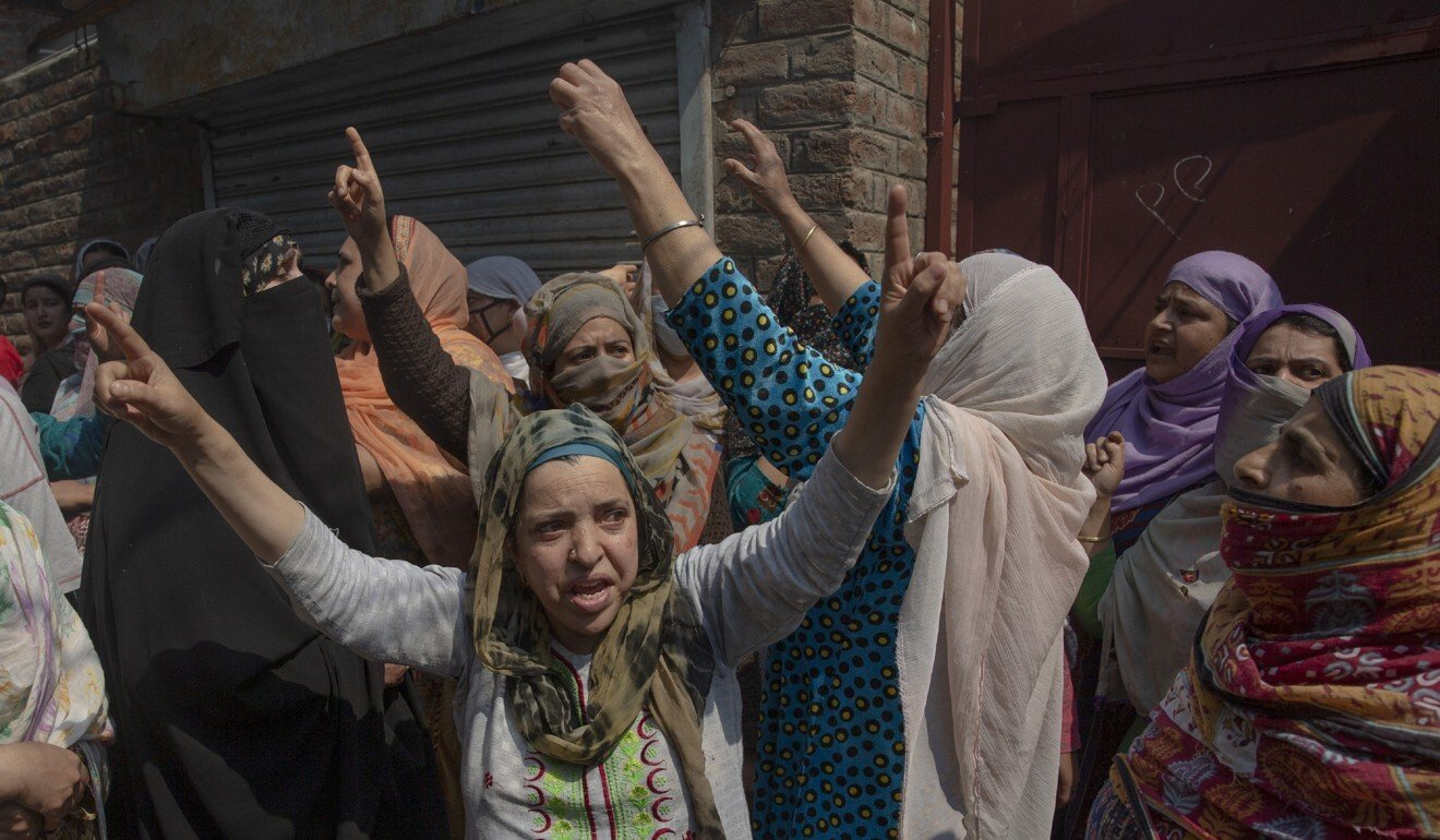 Kashmir violence: 12-hour shoot-out ends with key rebel Junaid Ahmed Sehrai killed by Indian troops