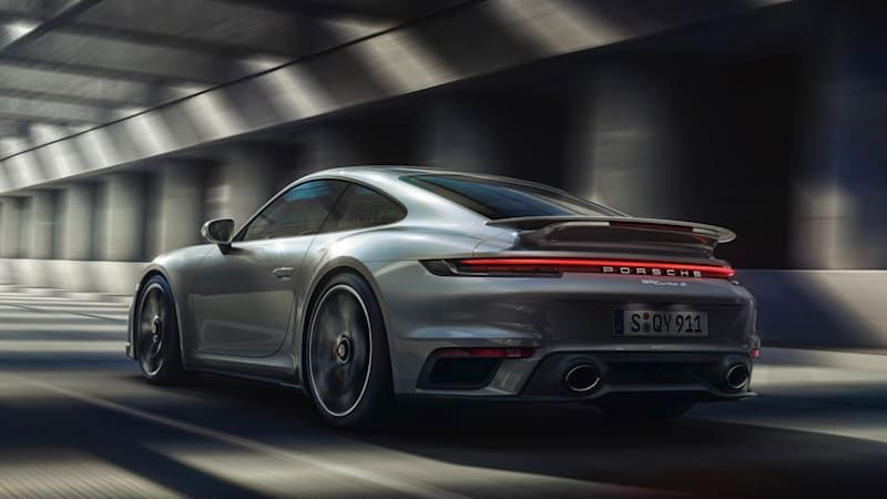 Porsche explains why the 911 will receive much bigger engines in 2026