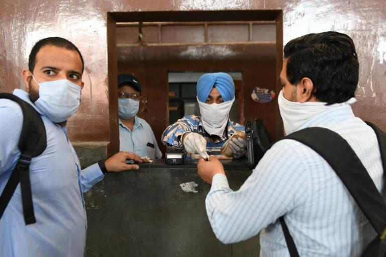 India domestic air travel to resume May 25 after virus shutdown