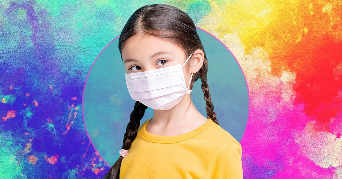 How to make sure your child is wearing a face mask correctly