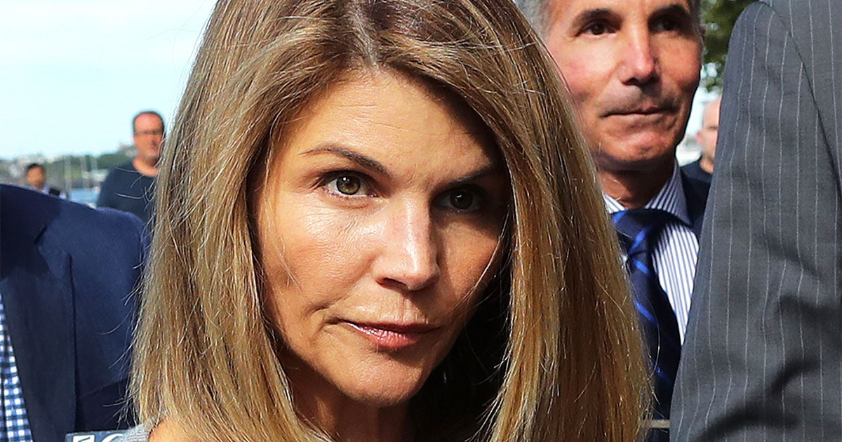 Lori Loughlin To Plead Guilty And Serve Jail Time For College Admissions Scandal