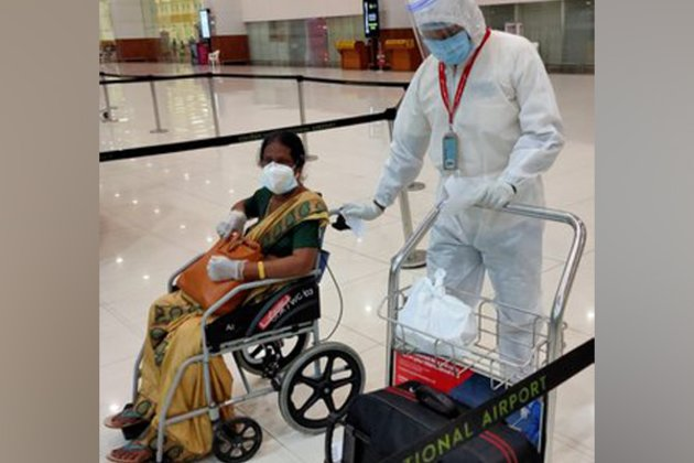 Vande Bharat Mission: 177 passengers arrive in Kochi from Oman