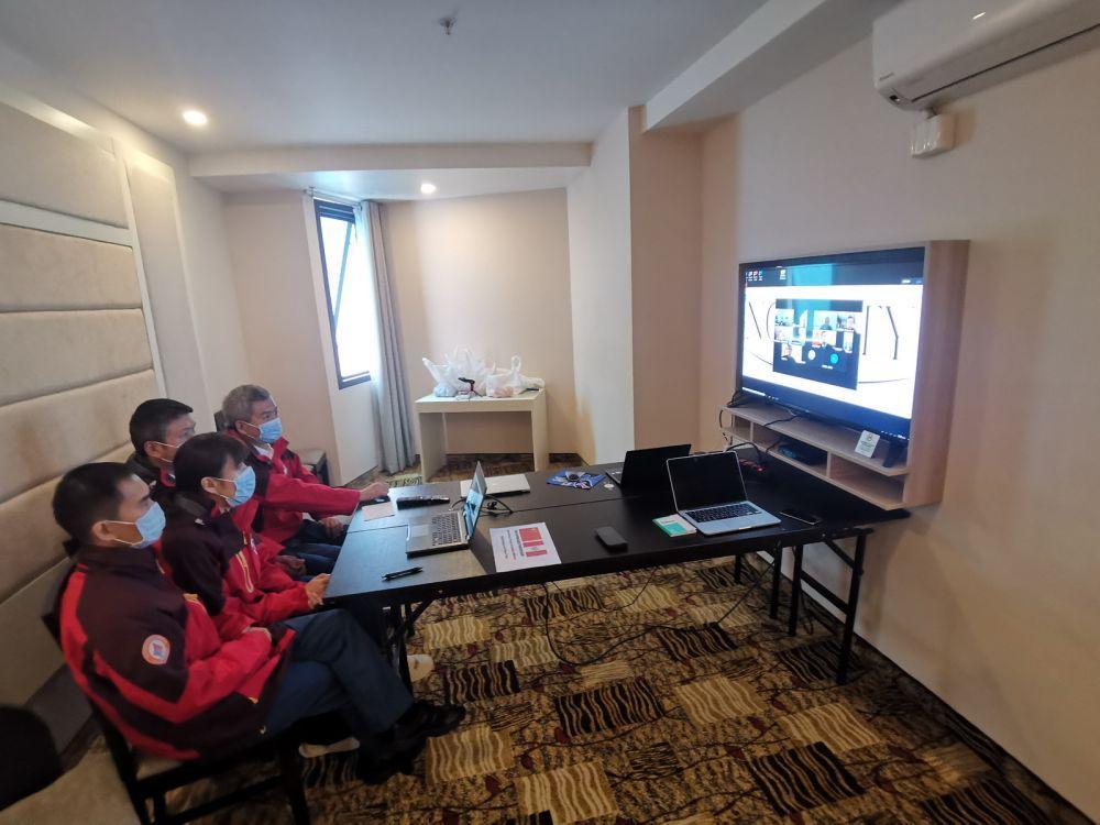 中国医疗专家组与秘鲁华侨华人交流新冠防疫知识