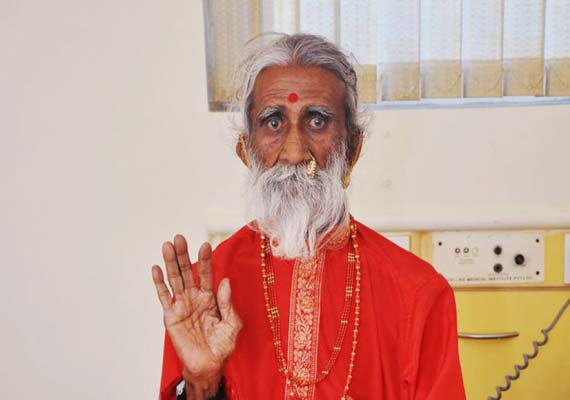 神人8岁开始只吸食空气!修炼83年被发现昏倒寺庙不治身亡!