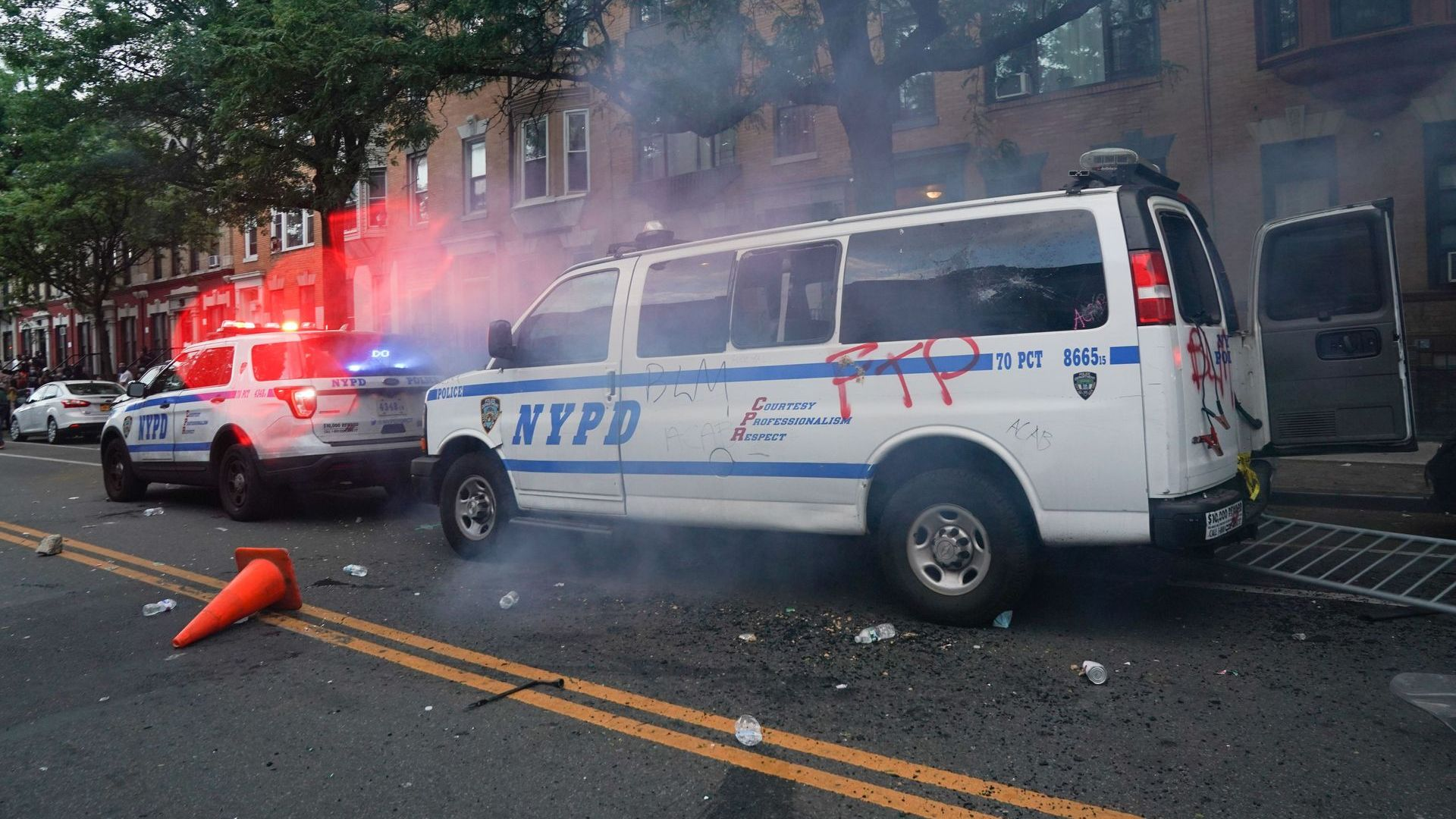 2 Sisters Face Federal Charges for Throwing Molotov Cocktail in NYPD Van
