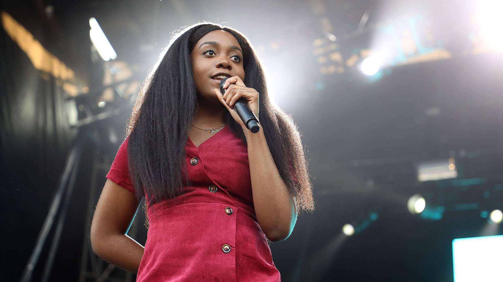 Noname Calls Out 'Top-Selling' Rappers for Their Silence on George Floyd's Killing