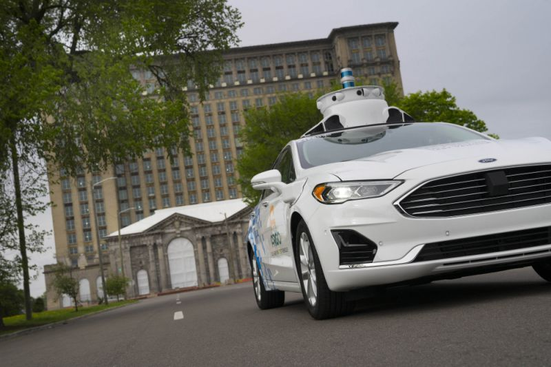 Self-driving vehicle startup Argo AI completes $2.6B deal with Volkswagen, expands to Europe