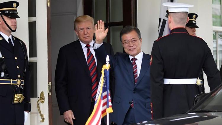 文在寅:韩国愿接受特朗普邀请参与七国集团峰会