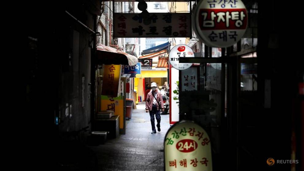 South Korea mandates QR codes to log customers after nightclub COVID-19 outbreak