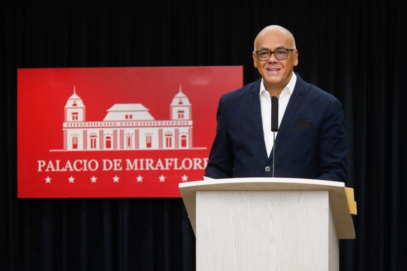 Venezuela government, opposition agree to seek funds to fight coronavirus
