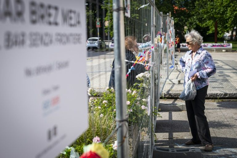 Slovenia border town navigates lockdown exit -- through a fence