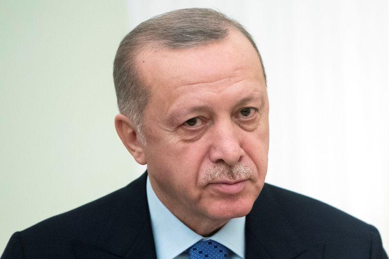 Erdogan backtracks on weekend lockdown after public backlash
