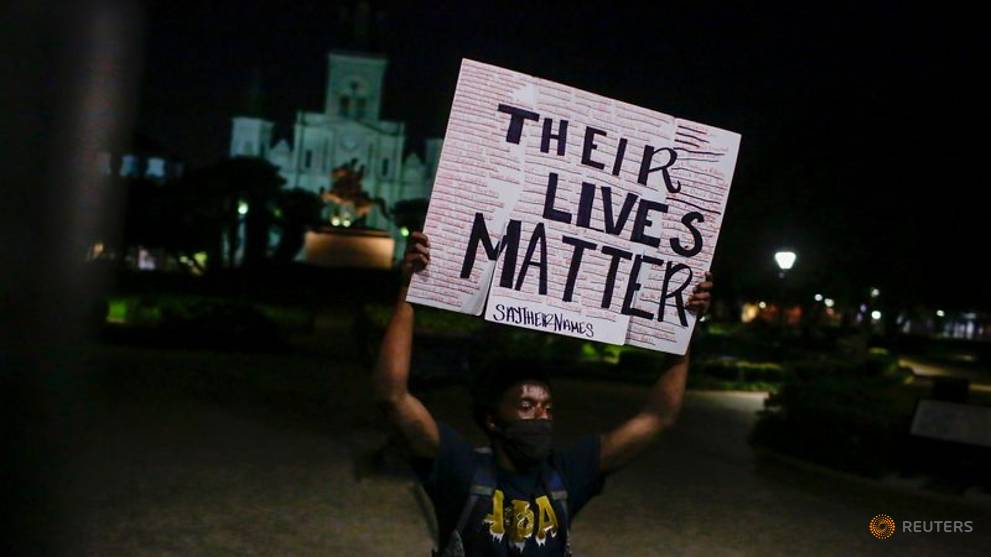 Washington prepares for major protest as Democratic officials move to rein in police