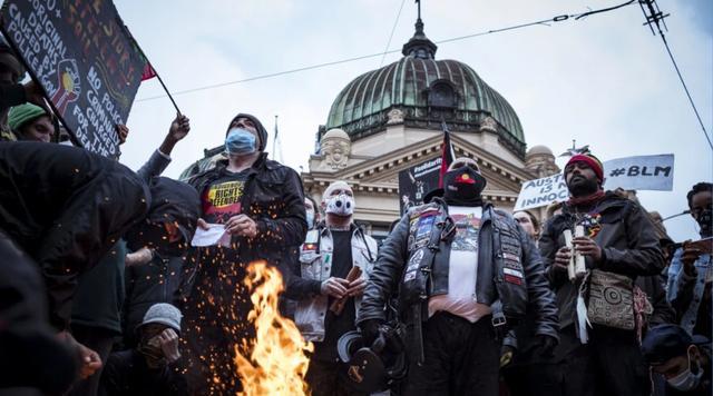 悉尼多名示威者被喷胡椒水遭检控