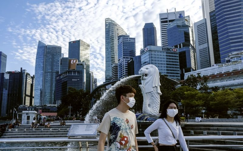 Up to 20% of Singapore's economy faces deep virus 'scarring'
